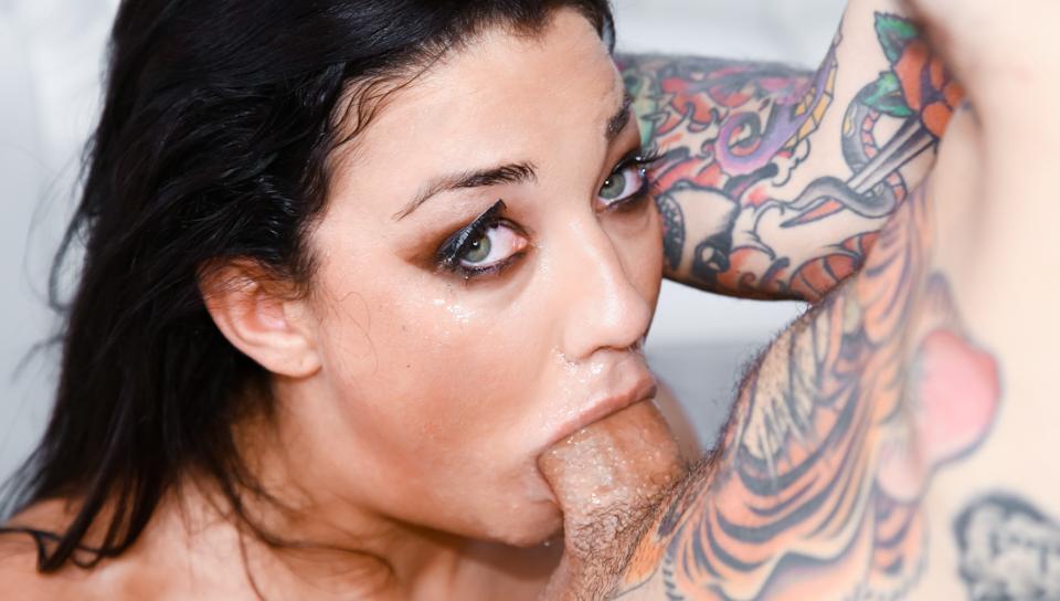 Balls Deep On 's Throat - Small Hands & Amara Romani