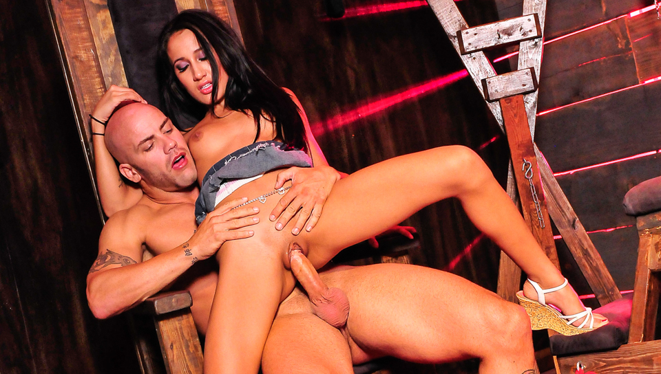 Amia Miley Gets Fucked In The Dungeon