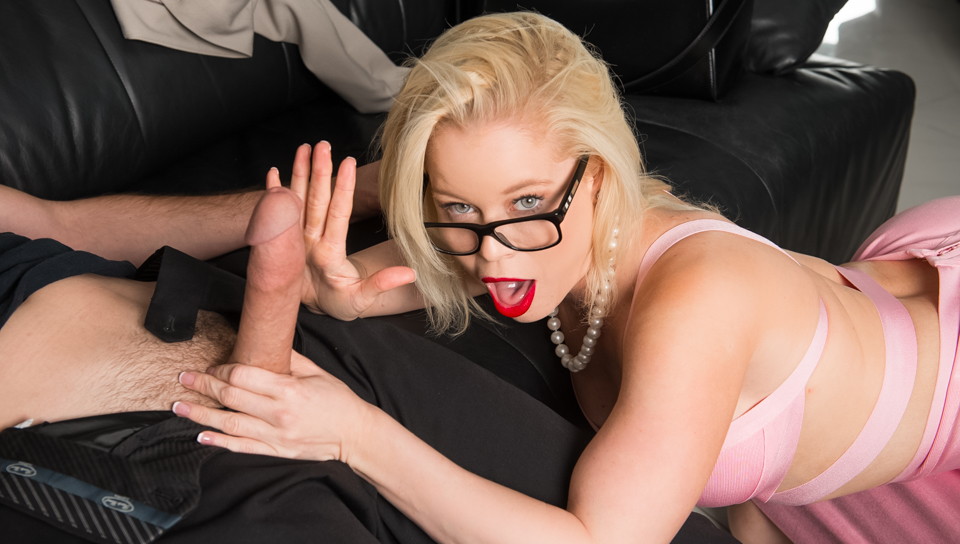 Catching The Cat Burglar - Nikki Delano & Brad Knight