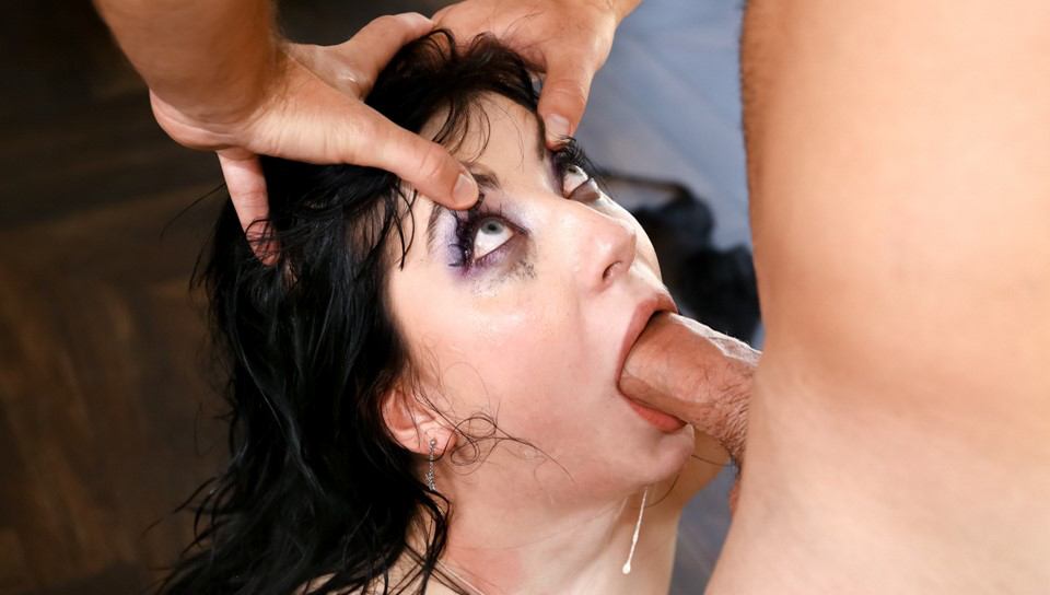 Logan Pierce & Charlotte Sartre - Exorcising A Monster Cock With Her Throat